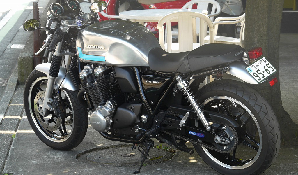 CB1100 FUGU CAFE RACER